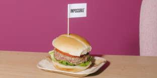 Présentation promotionnelle d'unburger sans viande au siège de la compagnie Impossible Food, à Redwood City, en Californie, le 4 avril.
