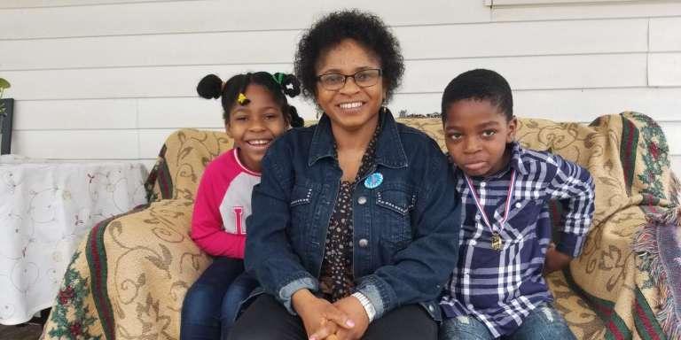 GladysNgaling Ngwa et ses enfants, à Washington.