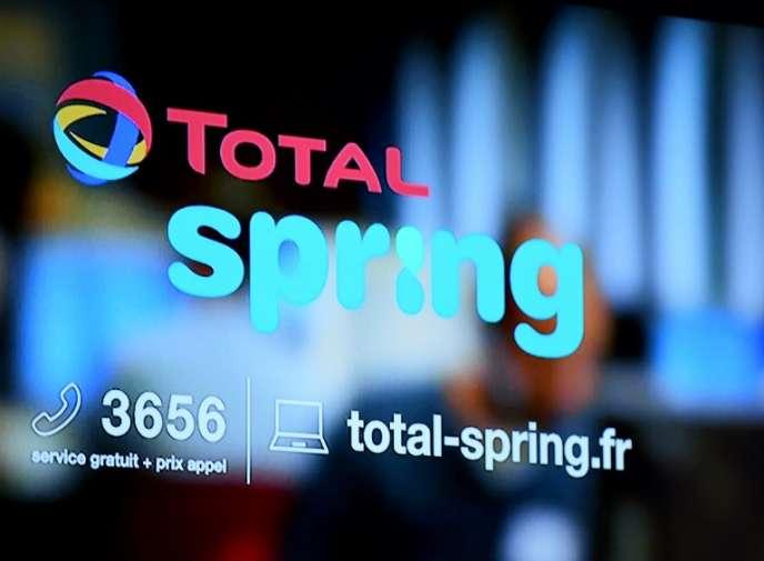 Total fournit du gaz et de l'électricité aux particuliers sous la marque Total Spring depuis le 8 octobre 2017.
