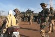 Des soldats français patrouillant à Gao, au nord du Mali, en avril 2013.