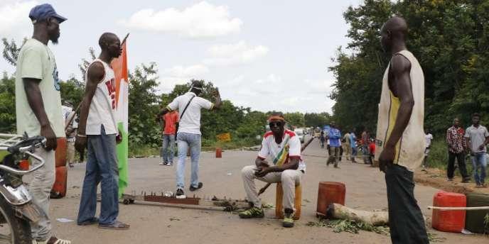 Des anciens rebelles «démobilisés» réclament une compensation à Bouaké, en Côte d'Ivoire, en mai 2017.