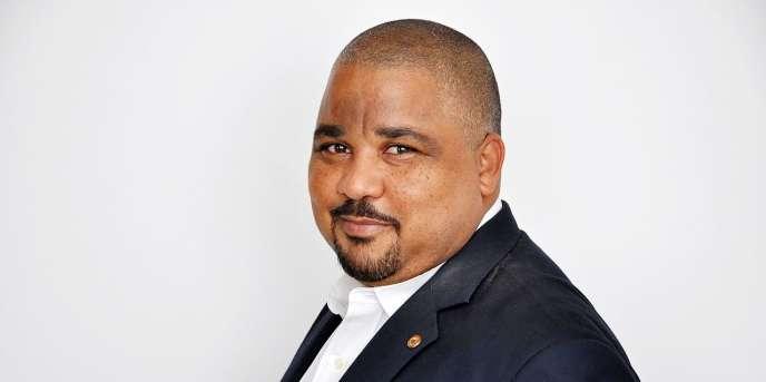Joshua Osih, député du Wouri, au Cameroun.
