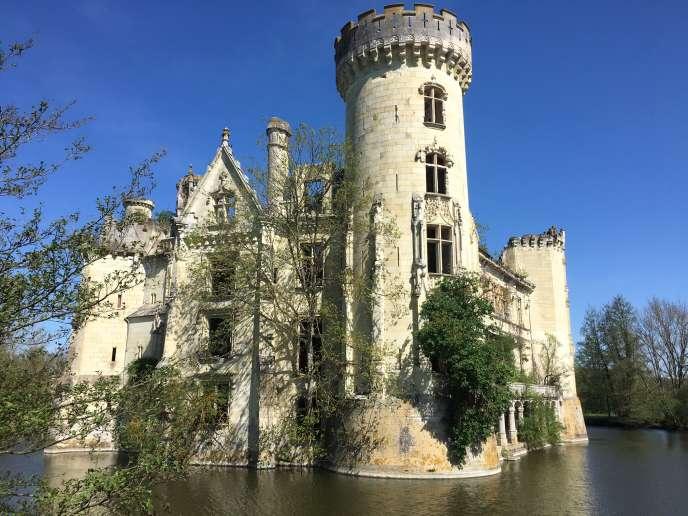 Le château de la Mothe-Chandeniers, sur la commune des Trois-Moutiers (Vienne).
