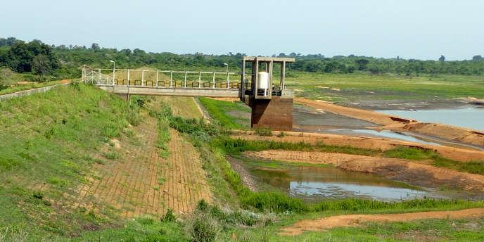 Un barrage près de Bouaké quasiment vide.