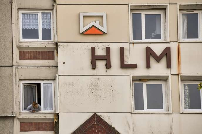 Une HLM à Calais en septembre 2017.