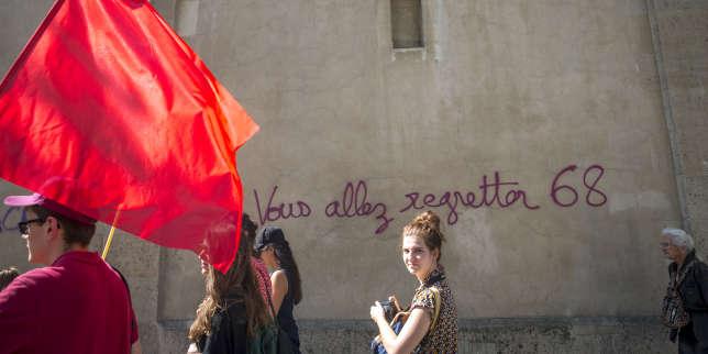 Quelque 15 300 personnes ont défilé à Paris, le 19 avril.
