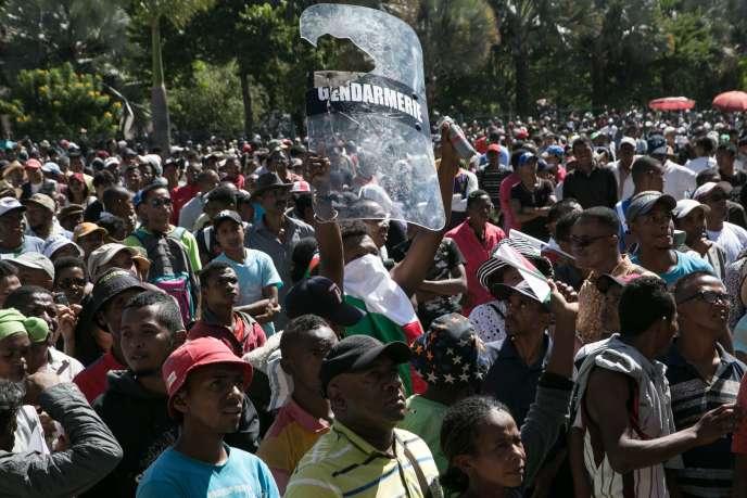 La manifestation avait été interdite mardi par les autorités.