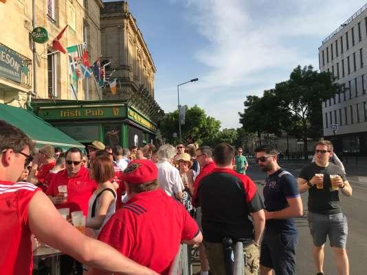Supporteurs du Munster, à Bordeaux, samedi21 avril.