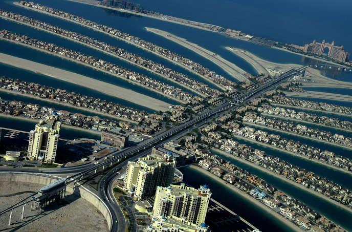 Les îles artificielles en forme de palmier,la Palm Jumeirah à Dubaï, où a été inauguré en 2013 le cinq-étoiles Sofitel Dubaï Palm Resort and Spa.