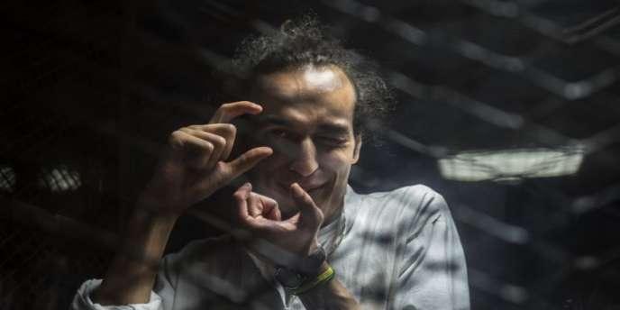 Le photographe égyptien Mahmoud Abou Zeid, alias Shawkan, durant son procès au Caire, le 9août 2016.