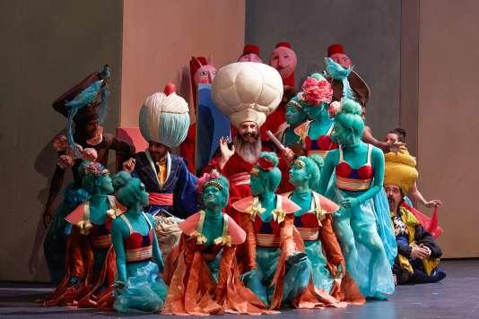 « Mârouf, savetier du Caire », d'Henri Rabaud, mis en scène par Jérôme Deschamps à l'Opéra-Comique.