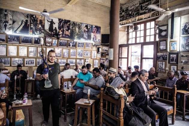 Le café Shabandar, rue Moutanabi, à Bagdad.
