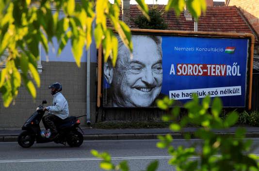 Campagne publicitaire du gouvernement Orban contre le milliardaire George Soros.