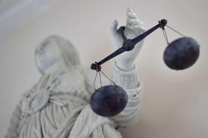 Le suspect avait menacé avec un fusil de chasse non chargé un employé de l'accueil du Mémorial des déportés de Mayenne.