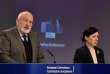 Le vice-président de la commission européenne, Frans Timmermans, et la commissaire à la justice Vera Jourova, à Bruxelles, le 23 avril.