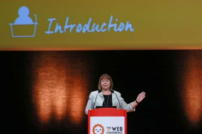 Dame Wendy Hall lors de son discours d'introduction à l'édition 2018 de la Web Conf, le 25 avril à la Cité internationale de Lyon.