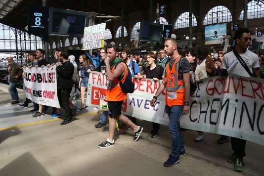 Rassemblement contre la réforme de la SNCF, le 24avril à la gare du Nord, à Paris.