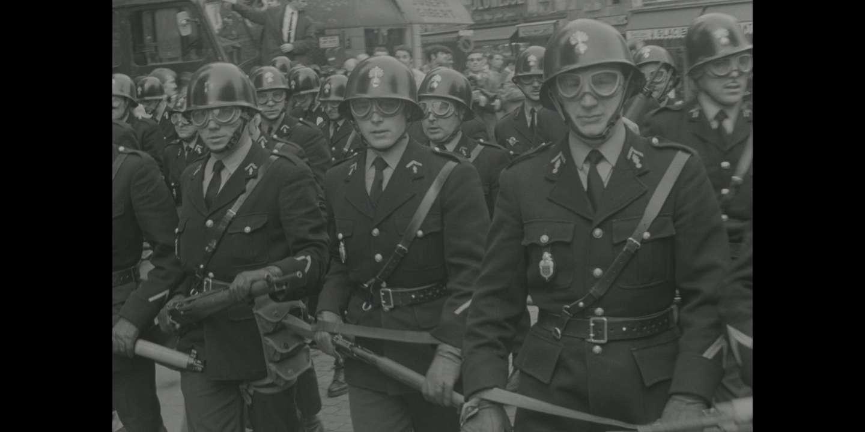 flics pompier datant le sens de la datation au radiocarbone