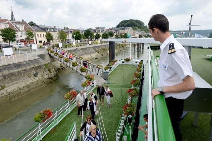 Croisière CroisiEurope, sur la Seine, à Rouen, à bord du «MS Botticelli», en juillet2014.