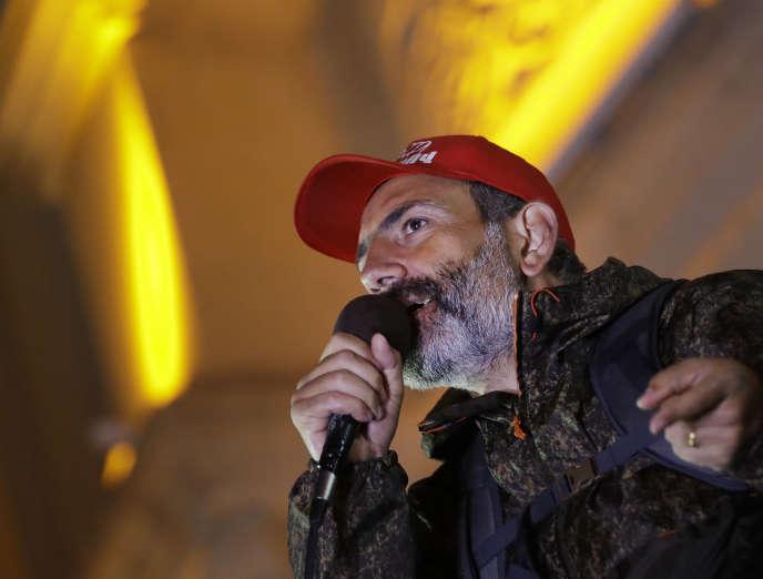 Le chef de l'opposition, Nikol Pashinian, à Gyumri, en Arménie, le vendredi 27 avril.