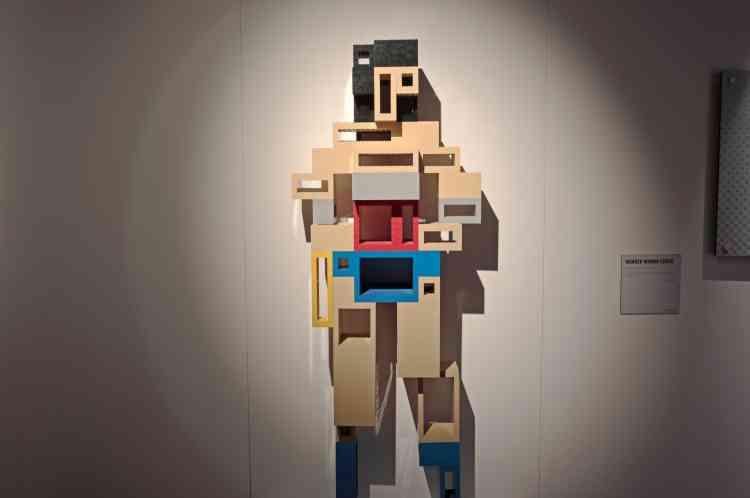 Une version Lego-cubiste de Wonder Woman.