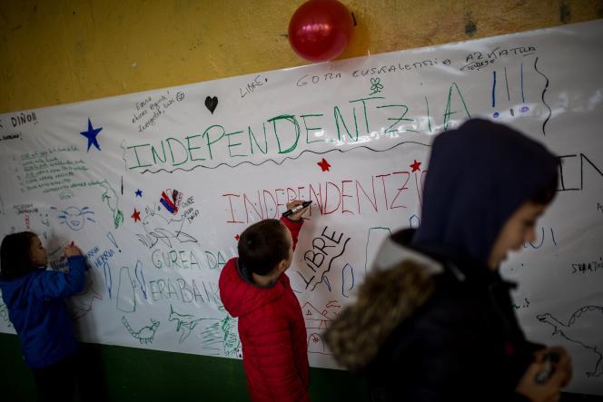 Lors d'un référendum symbolique sur l'indépendance du Pays basque espagnol,à Getxo, le 5novembre 2017.