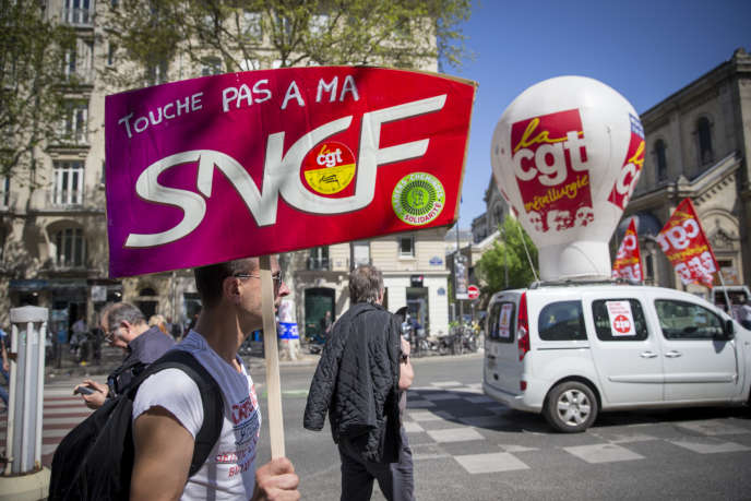 Manifestation à Paris, jeudi 19 avril 2018.