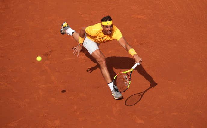 Rafael Nadal reste sur une série de 50 sets gagnants pour 21 matchs disputés sur terre battue depuis Roland-Garros 2017. Un record de plus pour celui devenu la saison passée le joueur le plus titré sur la surface (55 à ce jour).