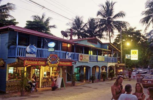 Montezuma, une station balnéaire à l'ambiance hippie.