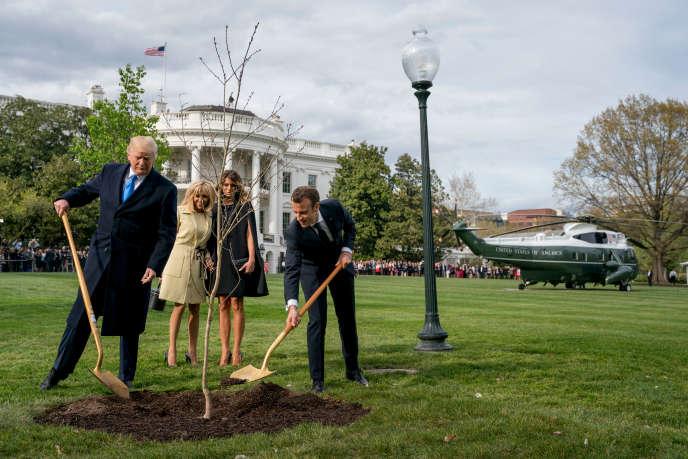 Dans le parc de la Maison Blanche, le 23 avril 2018.