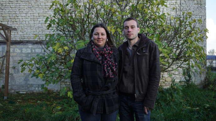 Aurore Frérotte, 33 ans, directrice de médiathèque, et Arnaud Craineguy, 34 ans, vendeur, à La Malmaison (Aisne).