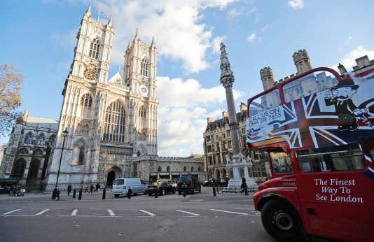 Londres prend la première place du classement QS des meilleures villes étudiantes du monde.