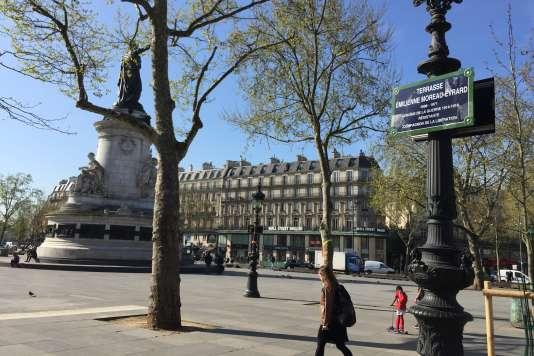 La terrasse Emilienne Moreau-Evrard sur la place de la République, à Paris.