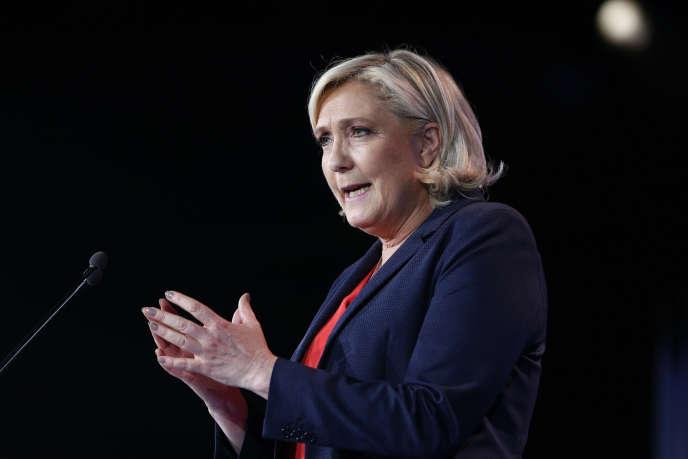 Marine Le Pen lors d'un discours à Nice, le 1er mai 2018.