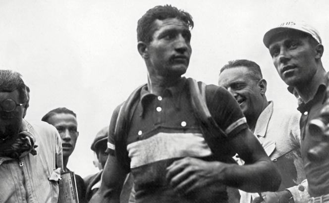 Gino Bartali lors du Tour de France 1937.