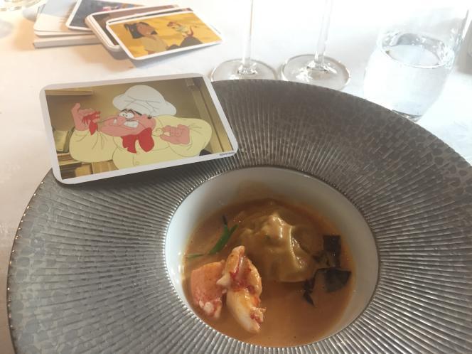Ravioles de homard dans une bisque, rapport à la Petite Sirène.