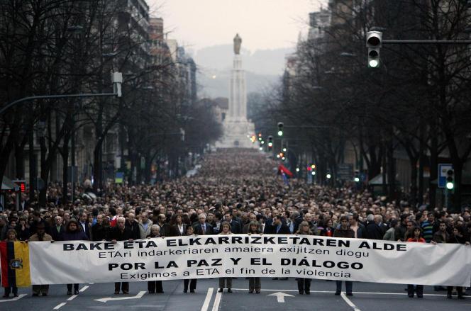 Manifestation pour« La paix et le dialogue», à Bilbao, le 13 janvier 2007.