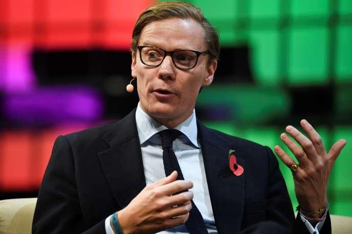 Alexander Nix, l'ancien PDG de Cambridge Analytica, lors d'une conférence à Lisbonne, en novembre 2017.