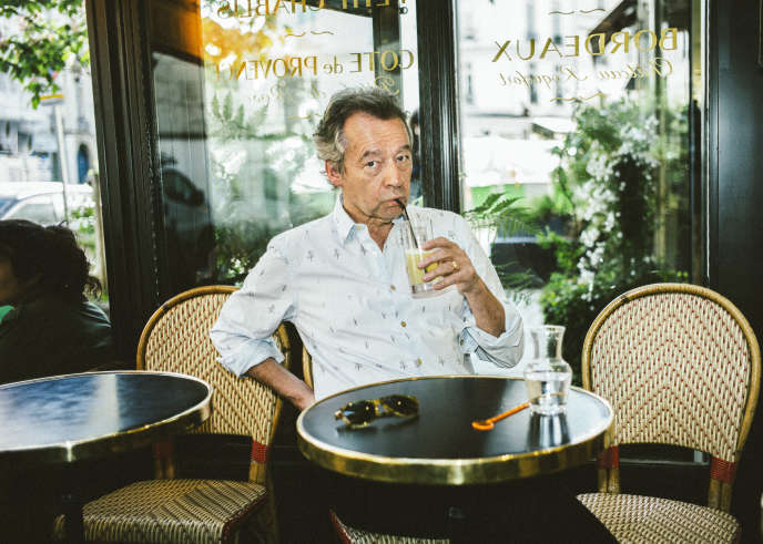 Michel Denisot, au Bar de la Croix-Rouge, Paris-6e, le 24 avril.