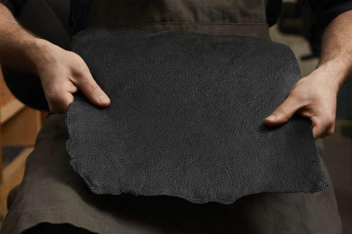 La start-up Bolt Threads fabrique son « cuir» Mylo à partir de racines de champignons.
