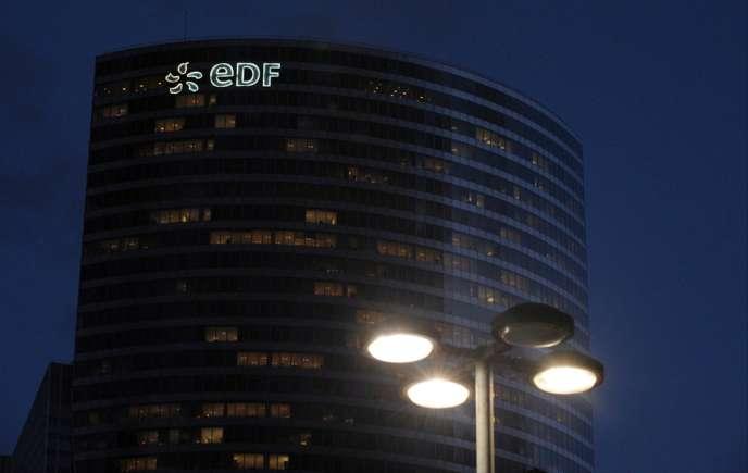 La tour d'EDF à la Défense.