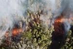 Vue de la lavedu volcan Kilauea, prise par un drone.