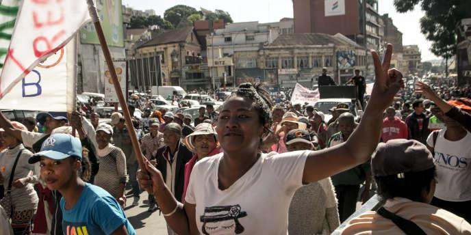 Une manifestation de l'opposition dans les rues d'Antananarivo, le 30 avril 2018.