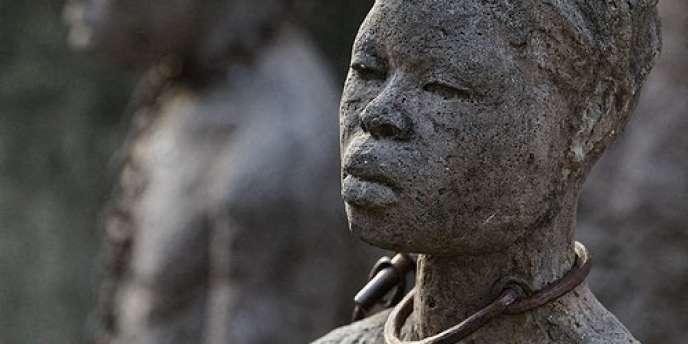 Monument dédié à l'esclavage sur le site de l'ancien marché aux esclaves à Zanzibar, en Tanzanie.