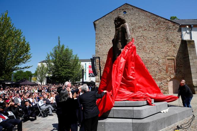 Inauguration le 5 mai de la statue de Karl Marx de 4,4 mètres de haut offerte à la ville de Trèves.