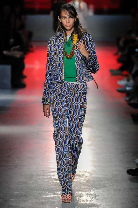 Prada collection croisière 2018-2019.