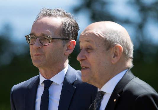 Le ministre des affaires étrangères allemand Heiko Maas (à gauche) et le chef de la diplomatie française, Jean-Yves Le Drian, à Berlin, le 7mai.