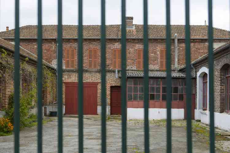 La commune de Lavaveix-les-Mines a hérité du patrimoine minier en 2007. Un héritage difficile qui nécessite de trouver un équilibre entre préservation patrimoniale et impératifs de sécurité, certains bâtiments étant considérés comme «à risque». Ici, l'ancienne coopérative des mineurs, qui accueillait une salle de théâtre.