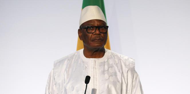 Le président malien Ibrahim BoubacarKeïta, àLa Celle Saint-Cloud, à l'ouest de Paris, le 13 décembre 2017.