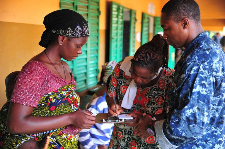 Dans un centre d'optométrie à Cotonou, au Bénin, en2012.